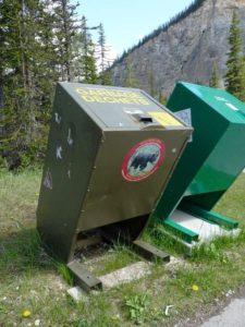 Bärensichere Mülltonnen, Yoho National Park